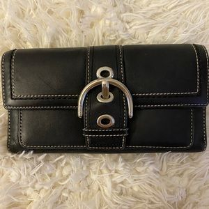 Coach Campbell Leather Buckle wallet